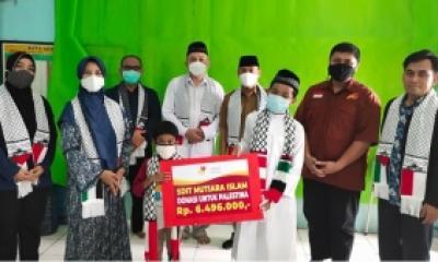 SIT Mutiara Islam Berdonasi untuk Palestina