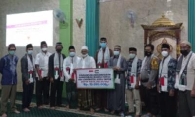 Donasi Kemanusiaan untuk Palestina pada acara Giat Silaturahmi se-Kelurahan Curug di Masjid Al-Muhajirin